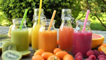 Juice Fruits Fruit Healthy Bio Ripe Smoothies